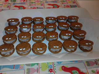 Octonauts party, clam biscuits