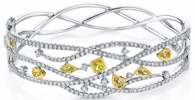 Fancy Diamond Reverie Bangle