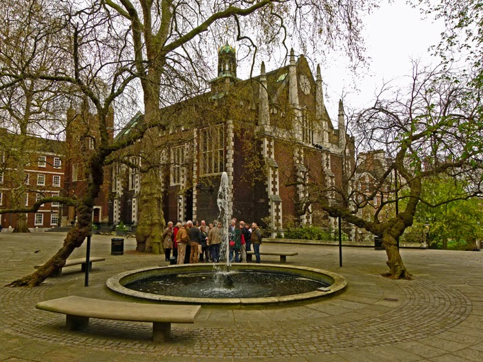 Fountain Court, Middle Temple, mulberry trees, London