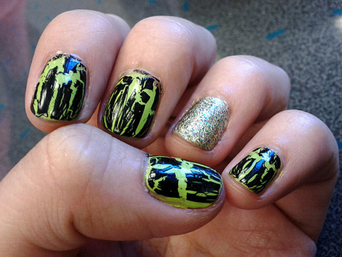 crackle nail art trend easy
