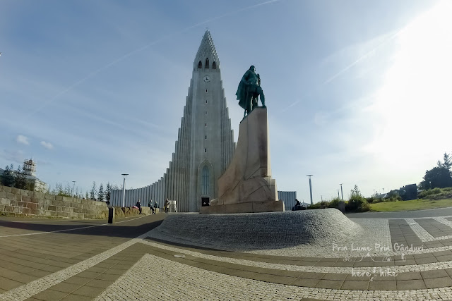 honeymoon-in-iceland-reykjavik-church