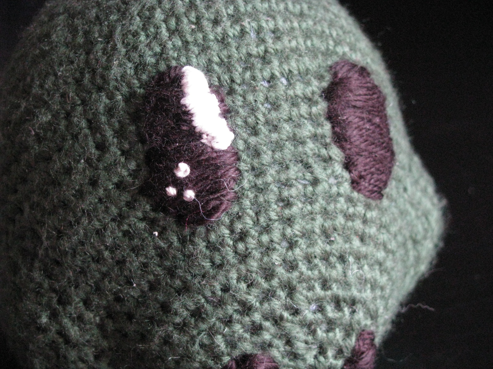 Make A Mess: 5 Ways to Give Your Amigurumi Eyes