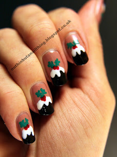 Christmas pudding nails