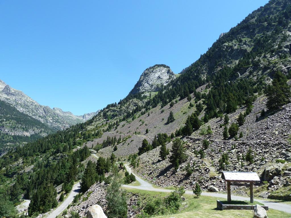 Mario el blogger prescindible pirineos ascensi n al - Banos de benasque ...