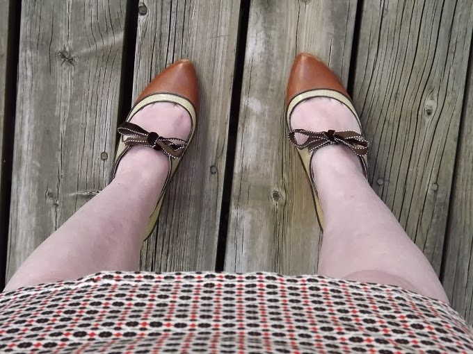 legs, leg close up, leg shot, Poetic License shoes, brown booties, ribbon tie, Tease, vintage inspired, Modcloth style, modcloth.com, UK brand, A Coin For the Well, blog, blogger