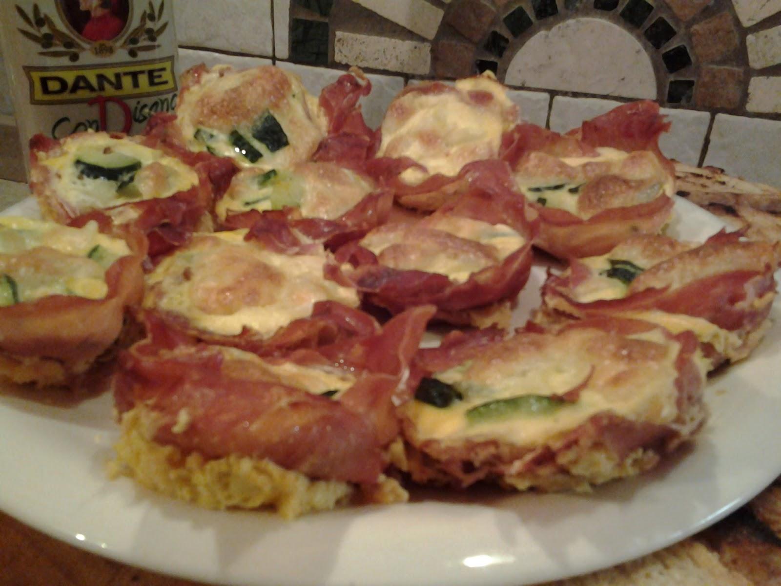 simo's cooking: cestini di prosciutto con frittatine di porri e ... - Cena Con Amici Cosa Cucinare