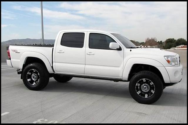 2017 Toyota Tacoma TRD Pro White UK | TOYOTA CHANGES