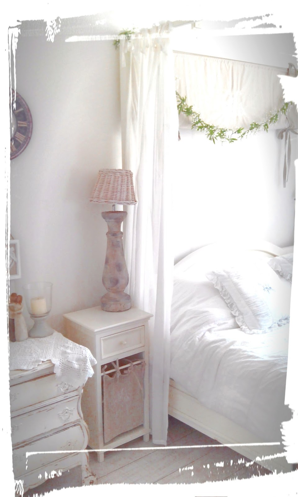 La maison crook: our shabby chic bedroom