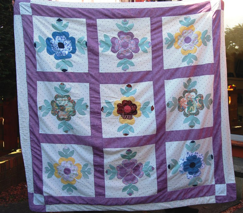 Boxoftrix: Rose of Sharon Quilt