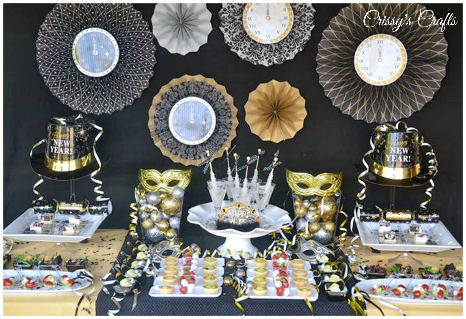 crissy 39 s crafts new years eve party ideas. Black Bedroom Furniture Sets. Home Design Ideas