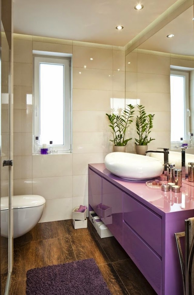 Pink tiles 28 Ideas for Small Bathrooms