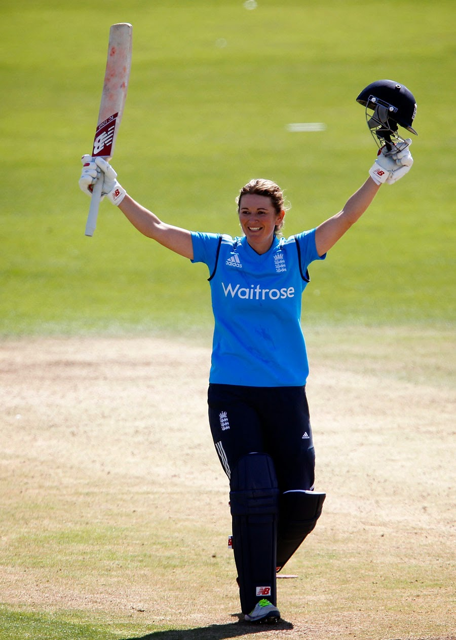 Charlotte-Edwards-100-vs-India-Women-2nd-ODI-England-Women-v-India-Women