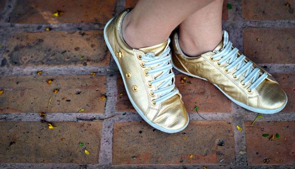 Tênis de couro dourado Boundless sapatênis