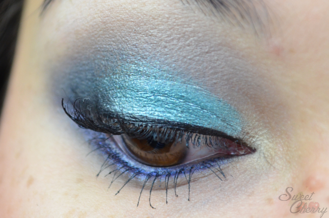Blau/ türkiser Look mit Sleek Paletten