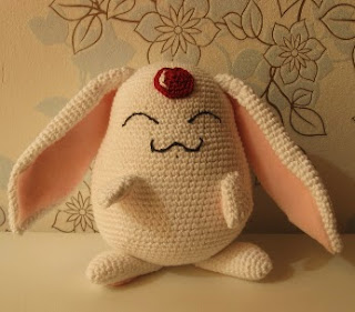 http://yuki87.deviantart.com/art/Mokona-with-Pattern-204610288