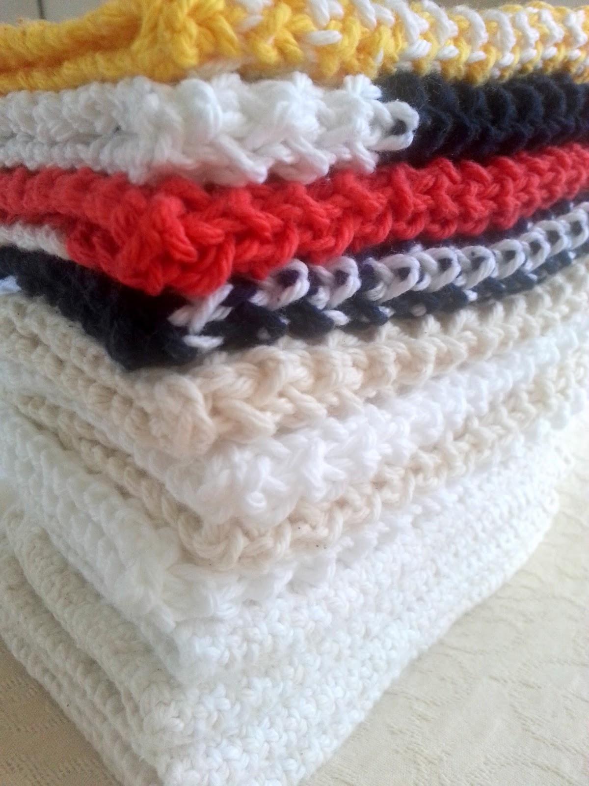 Handmade knit cotton napkins  |  I think it's time to stop knitting napkins on *sparklingly  |  http://sparklingly.blogspot.com
