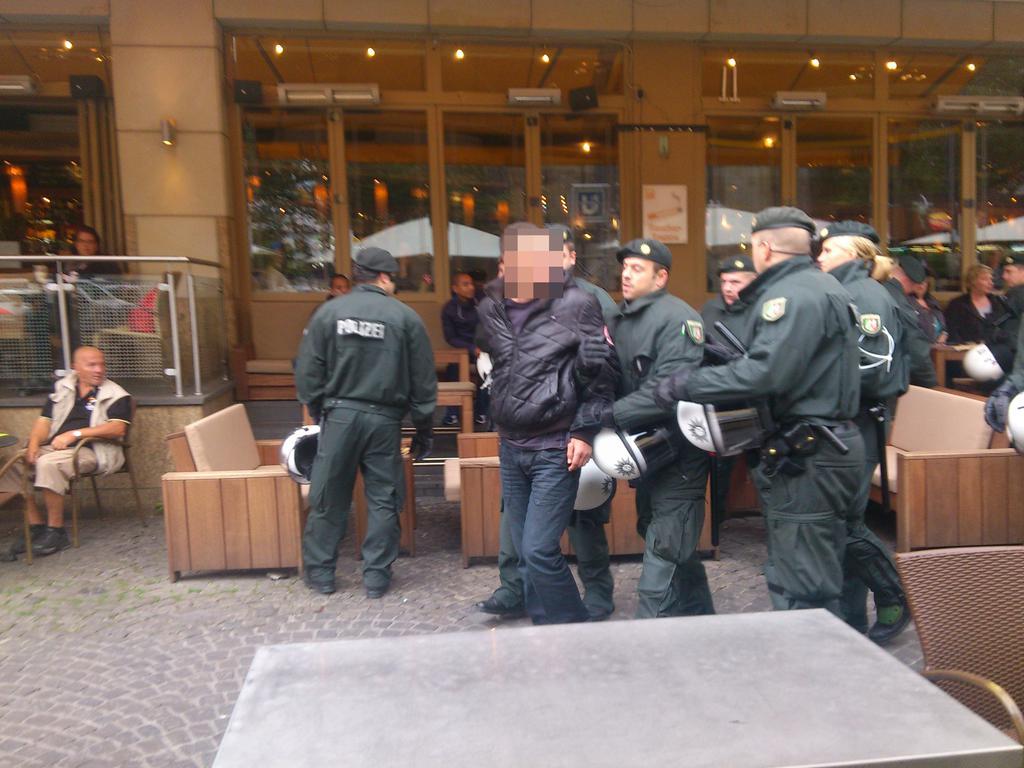 Le Mouvement en Hollande 3407138_1_Ajax2
