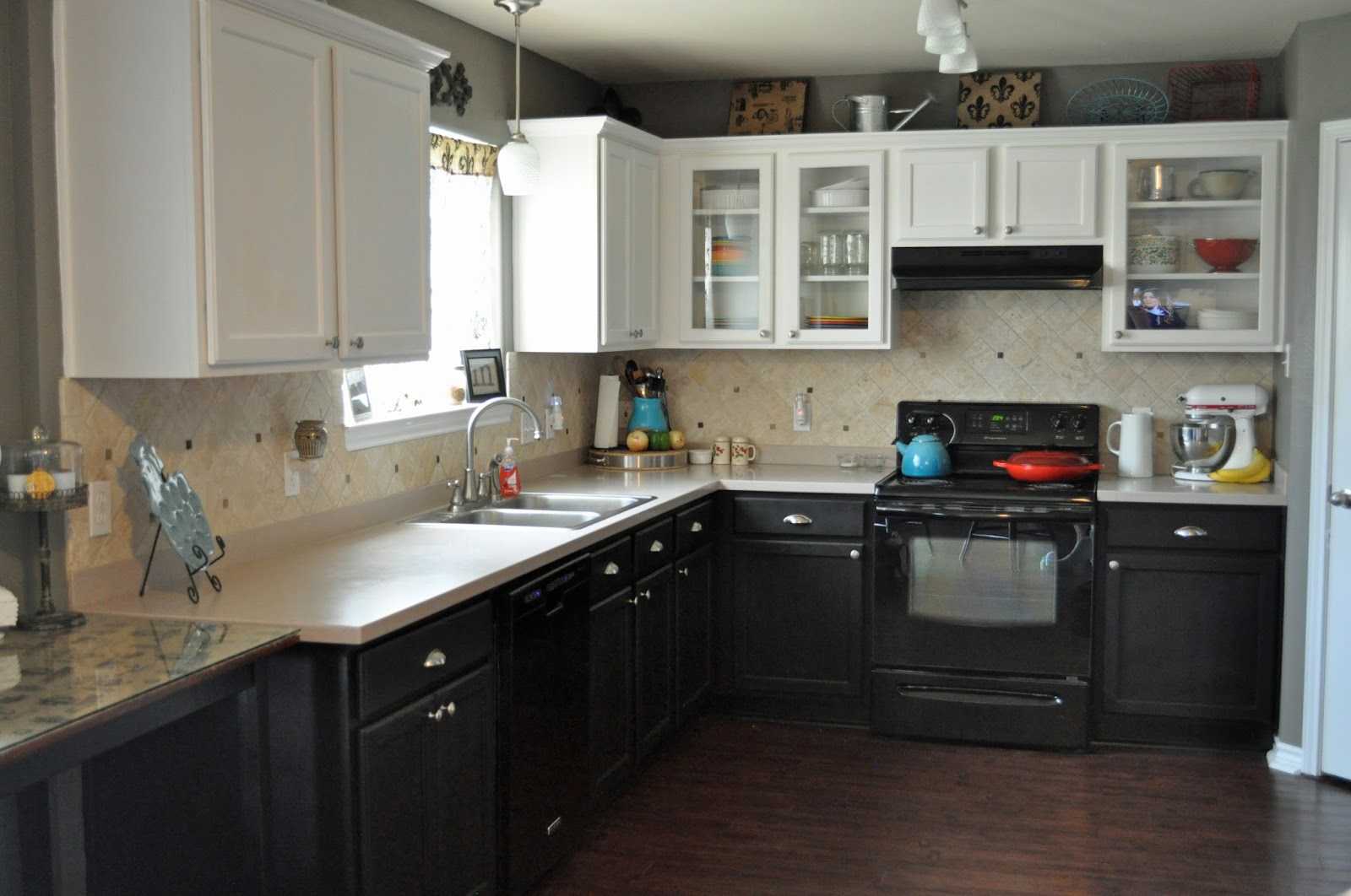 Black Bottom And White Top Kitchen Cabinets 100  Black White Kitchen Cabinets   Kitchen Luxury Mosaic