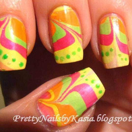 http://prettynailsbykasia.blogspot.com/2014/10/31dc2014-day-20-water-marble.html