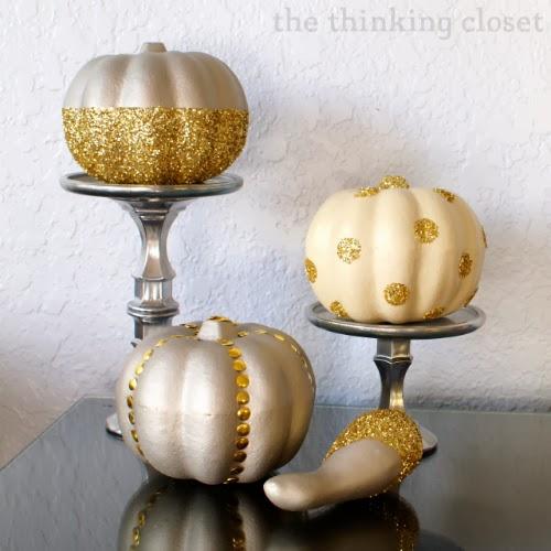 http://www.thinkingcloset.com/2013/10/28/glitter-glam-pumpkins-100-gift-card-giveaway/