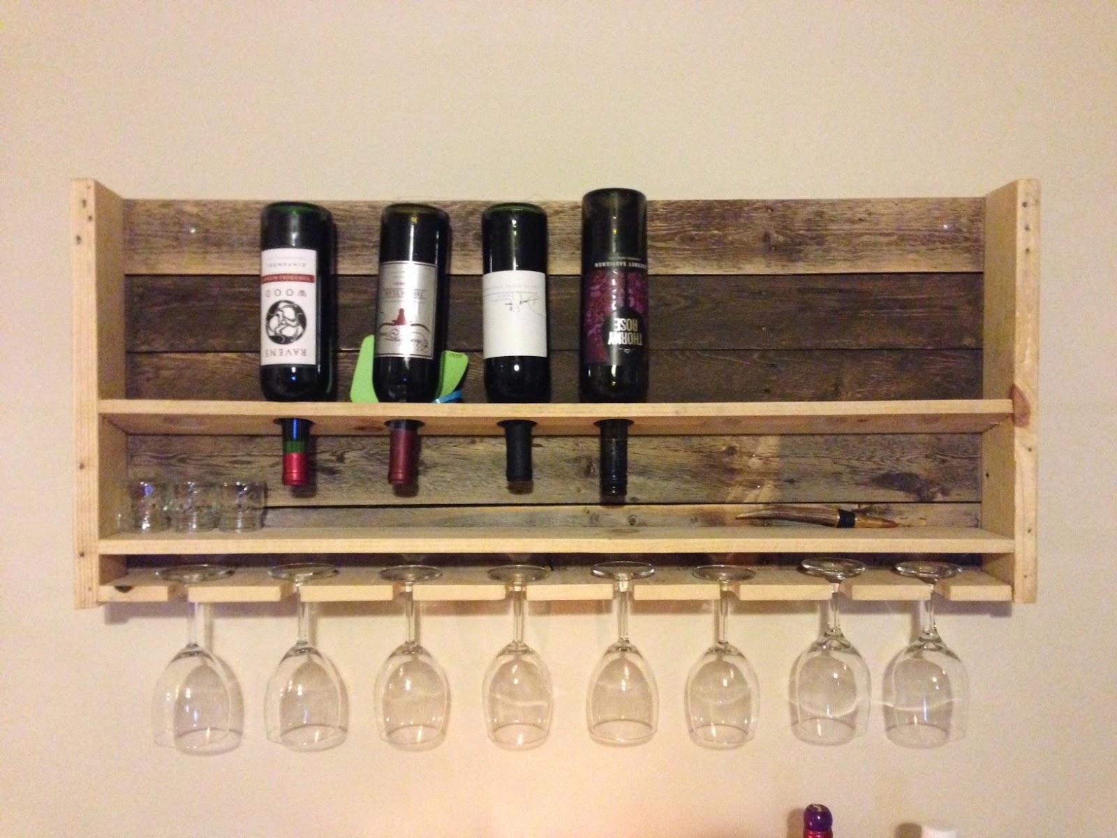 pots pans paintbrushes diy pallet wine rack. Black Bedroom Furniture Sets. Home Design Ideas