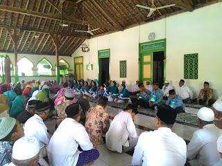 Upacara Pemberangkatan Jamaah Haji Desa Tawangrejo 2015