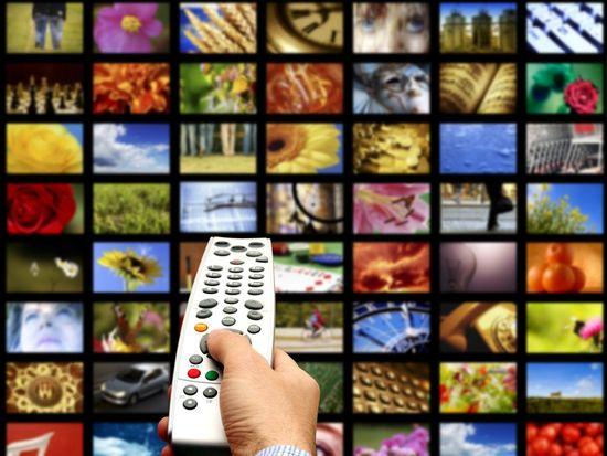11 Benda yang Ditempati Banyak Kuman: Remote TV