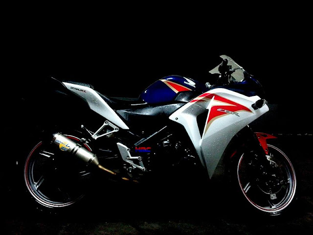 Gambar Sepeda Motor Honda CBR 250R