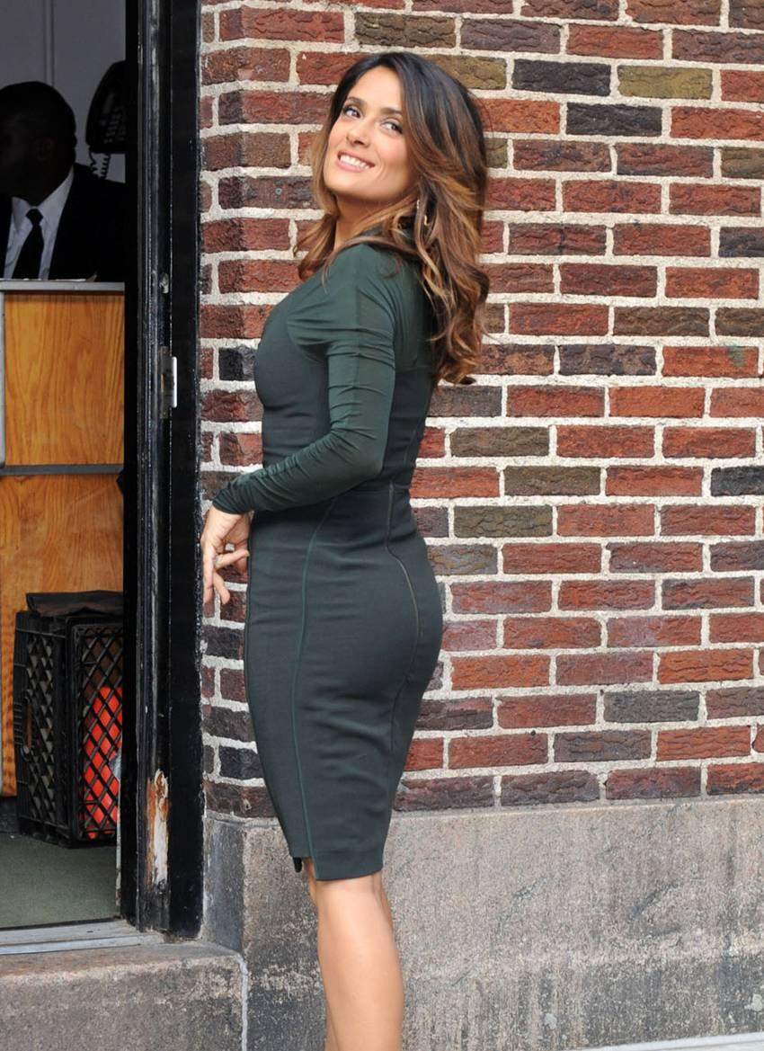 salma hayek sizzles at 45