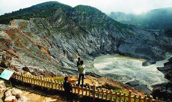 Gambar Gunung Tangkuban Perahu Jawa Barat