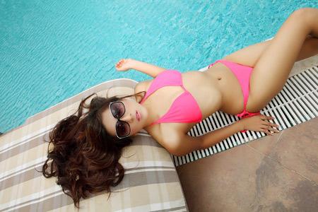 Jenny Thao sexy in  pink bikini