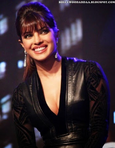 Priyanka Chopra deep cleavage exposed in black tight top at awards