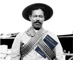 Pancho Villa con Atrévete a ser escritor, de Carlos del Río