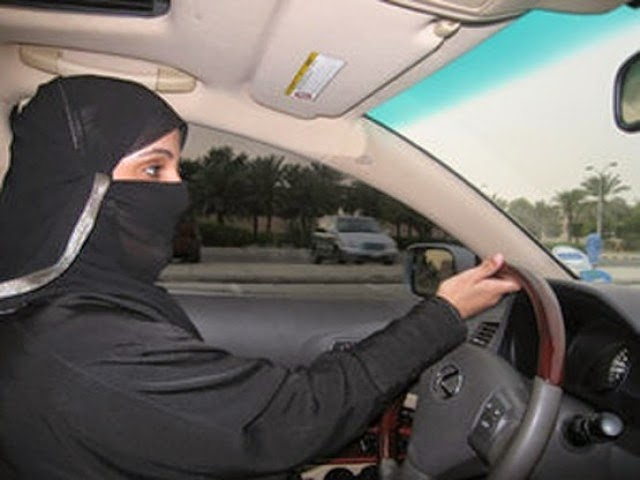 Pakistani hijab girl diriving, social evils of pakistan