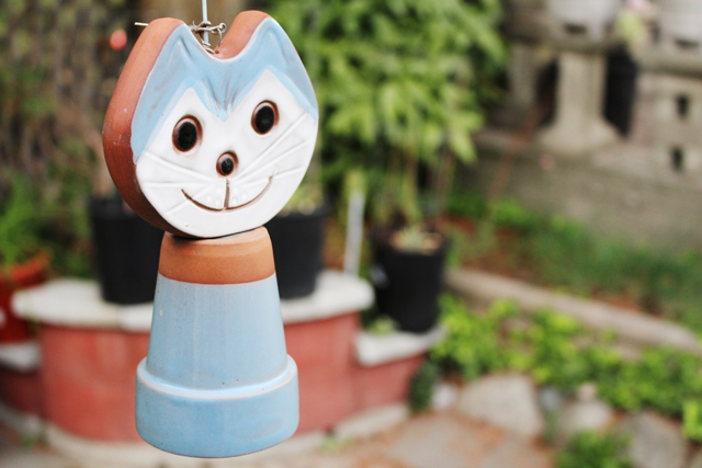 Cat wind chime, photo diary from vancouver fashion blogger jasmine zhu