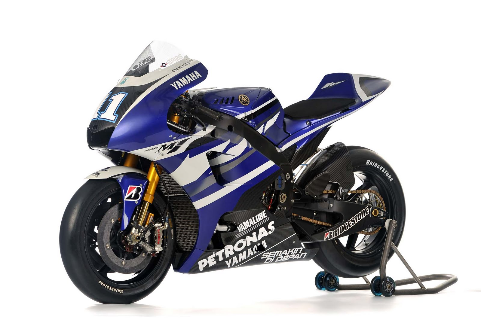 http://1.bp.blogspot.com/-E0aJ7aLHxxs/ThQm41q_3wI/AAAAAAAAA-g/42cpQdNKkhM/s1600/Yamaha+YZR-M1+MotoGP+Wallpapers2.jpg