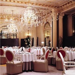 Refeitório dos adultos Os-10-Restaurantes-Mais-Luxuosos-do-Mundo