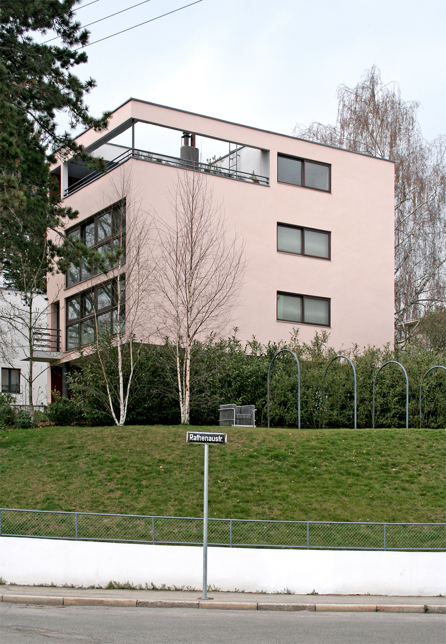 Reflections of a modern past the modern house for Villas weissenhofsiedlung
