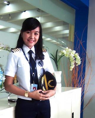 Enam Pilot Wanita Paling Cantik di Indonesia