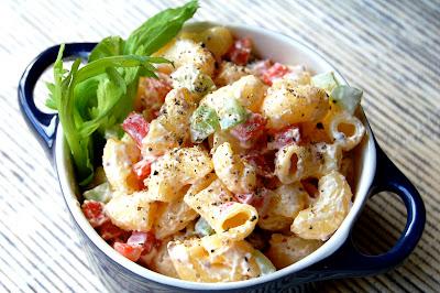 Light Macaroni Salad | www.kettlercuisine.com