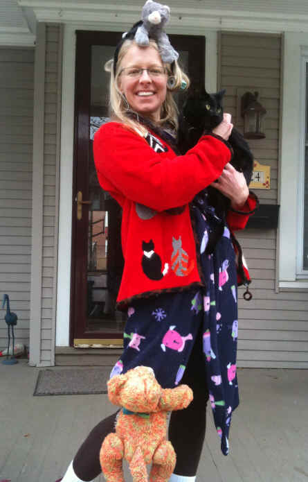 Cat lady costume 1.    sc 1 st  Better Budgeting & Better Budgeting: Homemade Halloween Costumes for Adults: Cat Lady