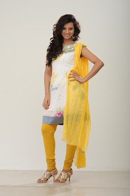 Isha chawla posing in different salwar suite for online shopping site