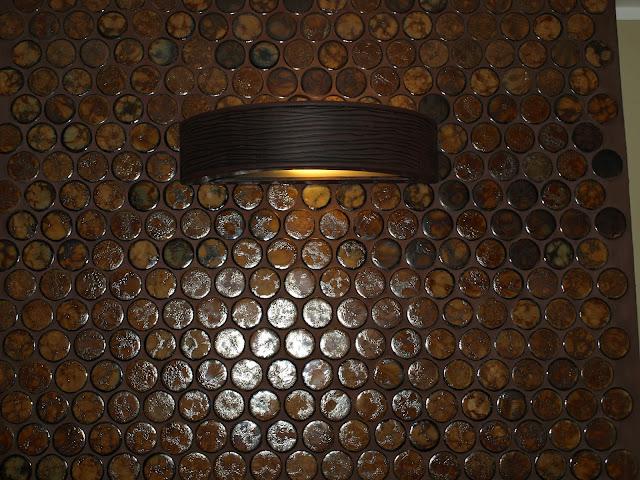 mozaika ceramiczna remont starego domu elewacja murator fuga pomysł na ścianę