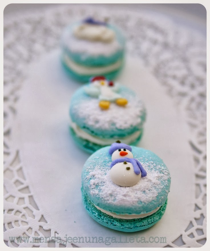 winter macarons!