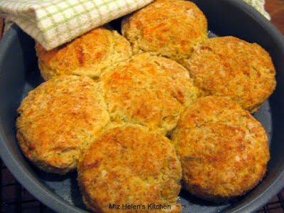Cheesy Dill Biscuits at Miz Helen's Country Cottage