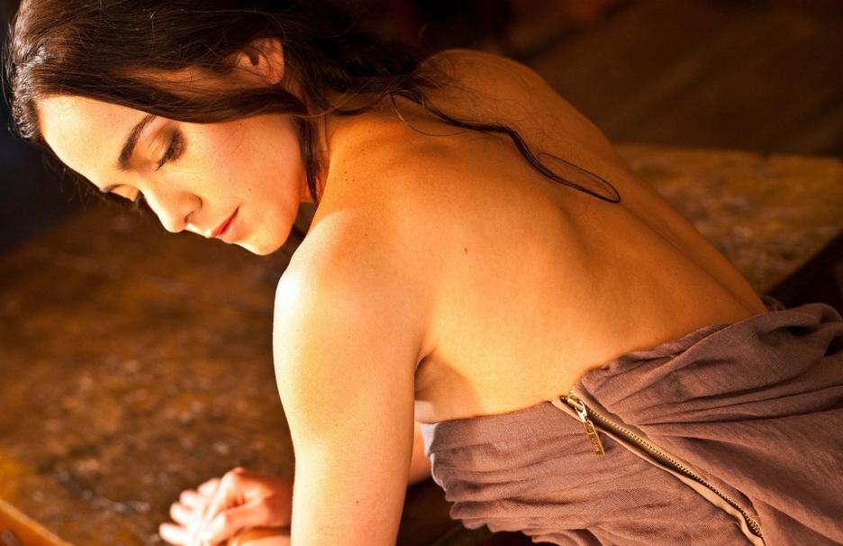 Alice Braga NUE - stars-sexy-nuescom
