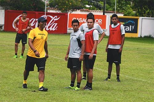 Oriente Petrolero - Gualberto Mojica - Rodrigo Vargas - Tabaré Silva - Yasmani Duk - DaleOoo.com página del Club Oriente Petrolero