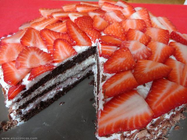 Tarta selva negra de fresas