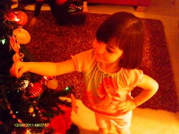 Cora decorating the tree