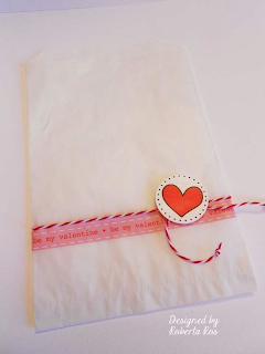 SRM Stickers Blog - Valentine Treats by Roberta - #cards #mini card #Valentine #Twine #stickers #glassing bag